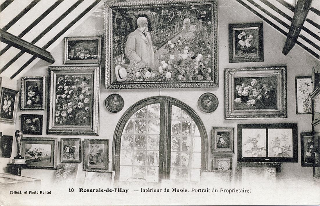 240-10 Intérieur du Musée