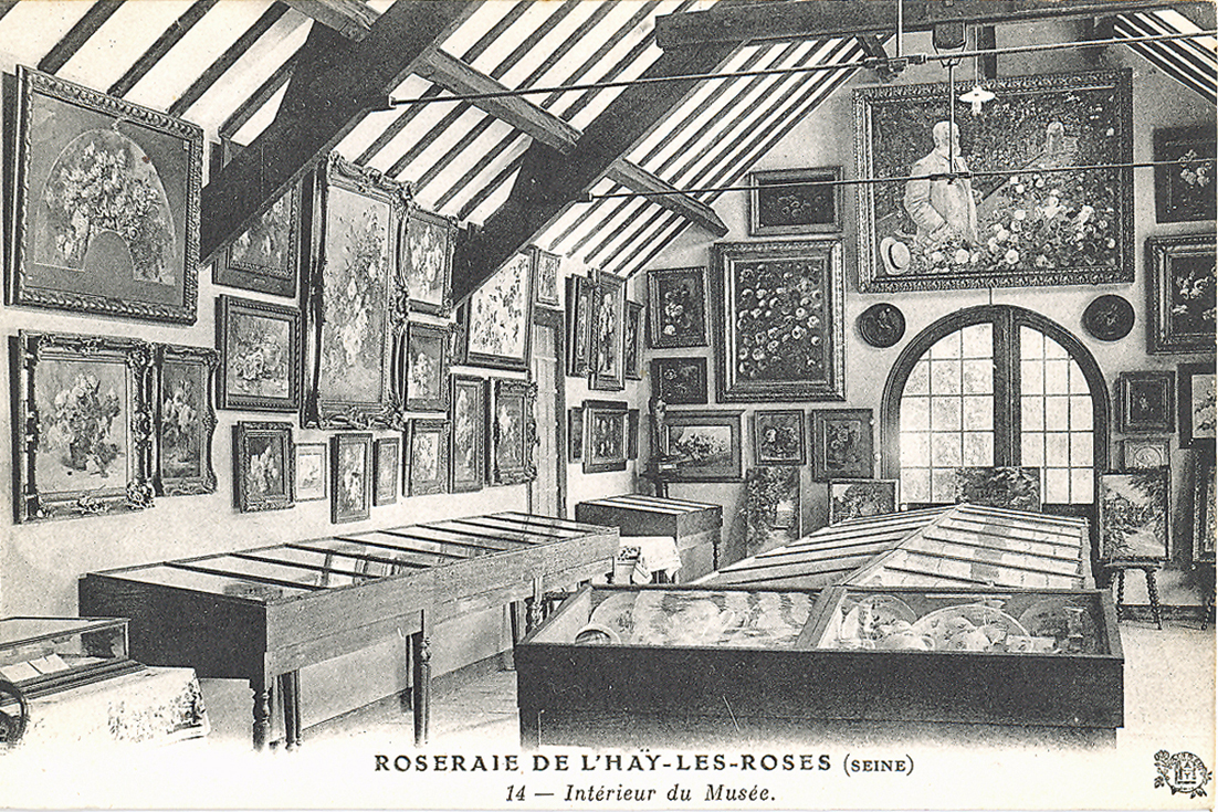 381-14 Intérieur du Musée