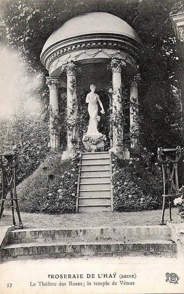 167-1©-53-Roseraie-de-LHAY-SEINE-Le-Théâtre-des-Roses_wp