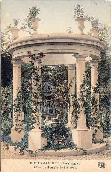064-2©-62-ROSERAIE-de-LHAY-LES-ROSES-Le-Temple-de-lAmour_wp