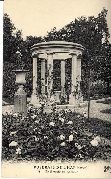 230-1©-73-ROSERAIE-DE-LHAY-SEINE-Le-Temple-de-lAmour_wp