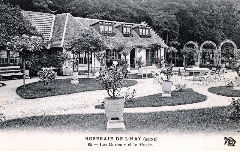267-1©-65-ROSERAIE-DE-LHAY-SEINE-Les-Bureaux-et-le-Musée_wp